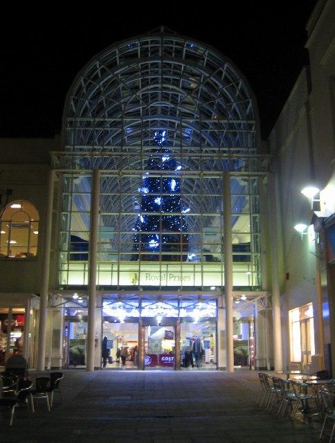 Royal Priors Christmas Lights