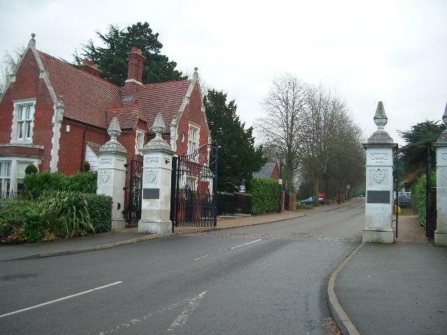 Entrance Drive, Repton Park Executive Housing