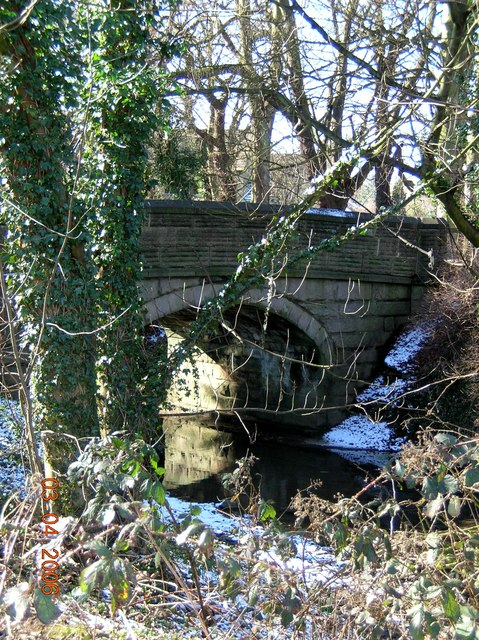 Somersall Road bridging the River Hipper, Chesterfield.
