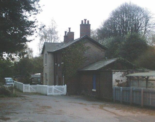 Sandiway In Cheshire 171 Yourlocalweb