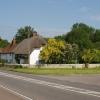 Houses on A418 at Tiddington