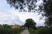 Approaching Countesthorpe along Peatling Road